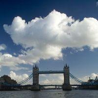 Tower Bridge 2/9 by Tripoto