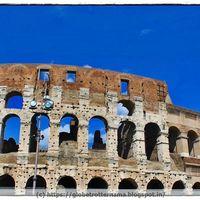 Roman Colosseum 2/35 by Tripoto