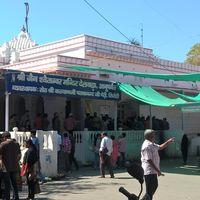 Dilwara Temples 3/9 by Tripoto