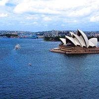 Sydney Harbour Bridge 3/3 by Tripoto