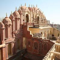 Hawa Mahal - Palace of Wind 3/88 by Tripoto