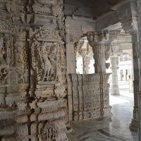 Dilwara Jain Temples 2/18 by Tripoto