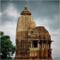 Chaturbhuj Temple 2/5 by Tripoto