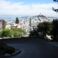 Lombard Street 3/18 by Tripoto