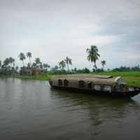 Alleppey Boathouse 3/71 by Tripoto