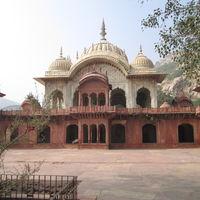 Moosi Maharani ki Chhatri 2/2 by Tripoto