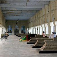 Mecca Masjid 3/8 by Tripoto