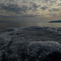 Lake Baikal 4/4 by Tripoto