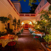 Carte Blanche Restaurant 2/2 by Tripoto