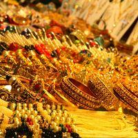Janpath Market 4/9 by Tripoto