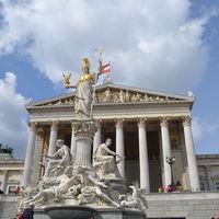 Wiener Staatsoper 2/4 by Tripoto