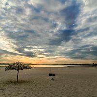 Paradise beach 5/95 by Tripoto