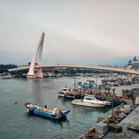 Tamsui Old Street 3/9 by Tripoto