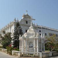 St Paul Church 2/5 by Tripoto