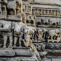 Jagdish Temple intersection 2/2 by Tripoto