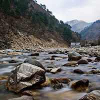 Tirthan Valley 2/38 by Tripoto