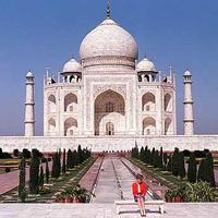 Taj Mahal 2/133 by Tripoto