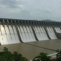 Sardar Sarovar Dam 3/4 by Tripoto