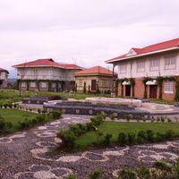 Las Casas Filipinas de Acuzar 3/4 by Tripoto