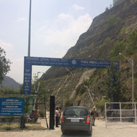 Tehri Dam Road 4/28 by Tripoto