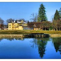 Hellbrunn Palace 2/2 by Tripoto