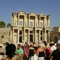 Ephesus Theatre 2/2 by Tripoto
