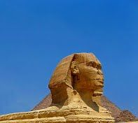 Pyramids of Giza 2/15 by Tripoto