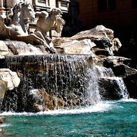 Trevi Fountain 4/11 by Tripoto