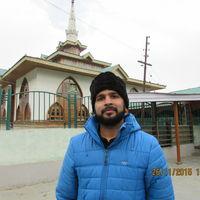Snehal Manjrekar Travel Blogger