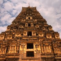 Virupaksha Temple 2/116 by Tripoto