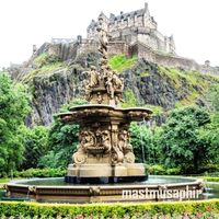 Edinburgh Castle 5/6 by Tripoto