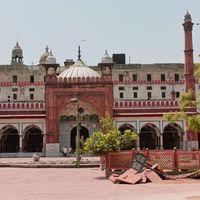 Fatehpur Masjid 2/2 by Tripoto