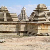 Virupaksha Temple 4/128 by Tripoto