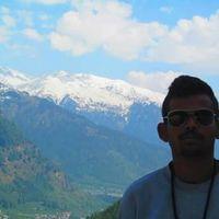 Shantanu Pujari Travel Blogger