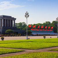 Ho Chi Minh's Mausoleum 2/2 by Tripoto