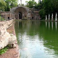 Villa Adriana 2/3 by Tripoto