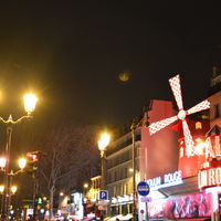 Moulin Rouge 4/5 by Tripoto