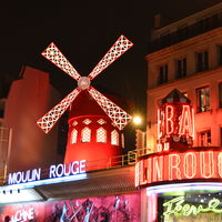 Moulin Rouge 5/5 by Tripoto