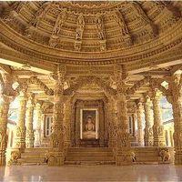 Dilwara Temples 4/9 by Tripoto