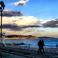 Promenade des Anglais 2/3 by Tripoto