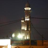 Taj-ul-Masjid Road 2/3 by Tripoto