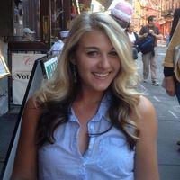 Mandy Elwell Travel Blogger