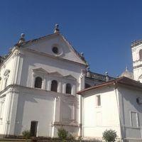 Basilica of Bom Jesus 2/67 by Tripoto