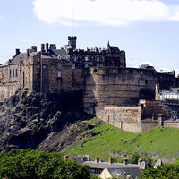 Edinburgh Castle 2/6 by Tripoto