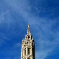 Matthias Church 3/4 by Tripoto