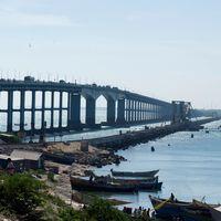 Pamban Bridge 4/9 by Tripoto
