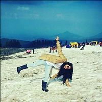 Ishika Sharma Travel Blogger