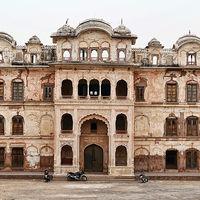 Qila Mubarak Complex 2/2 by Tripoto