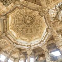 Ranakpur Jain Temple 3/28 by Tripoto