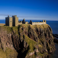 Dunnottar Castle 4/4 by Tripoto